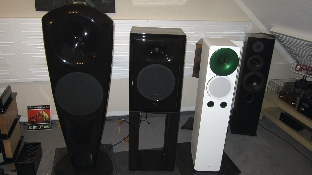 horns lautsprecher high end wohnraumstudio uwe joecks. Black Bedroom Furniture Sets. Home Design Ideas